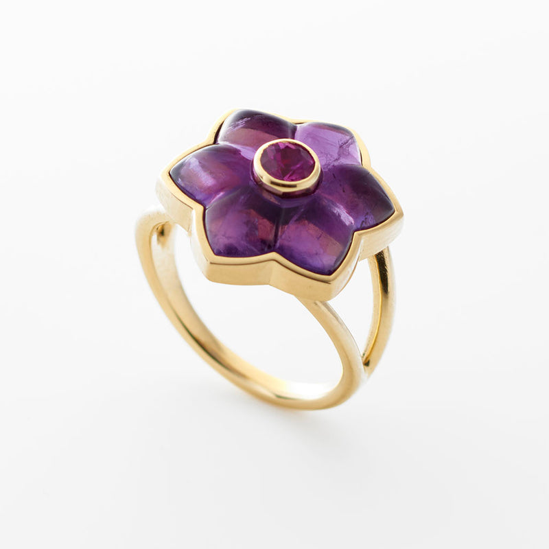 Carved Amethyst Ring