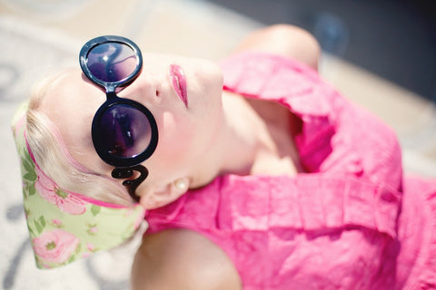 UV_ohotochromic_transitions_reactolight_summer_sunglasses_reactive