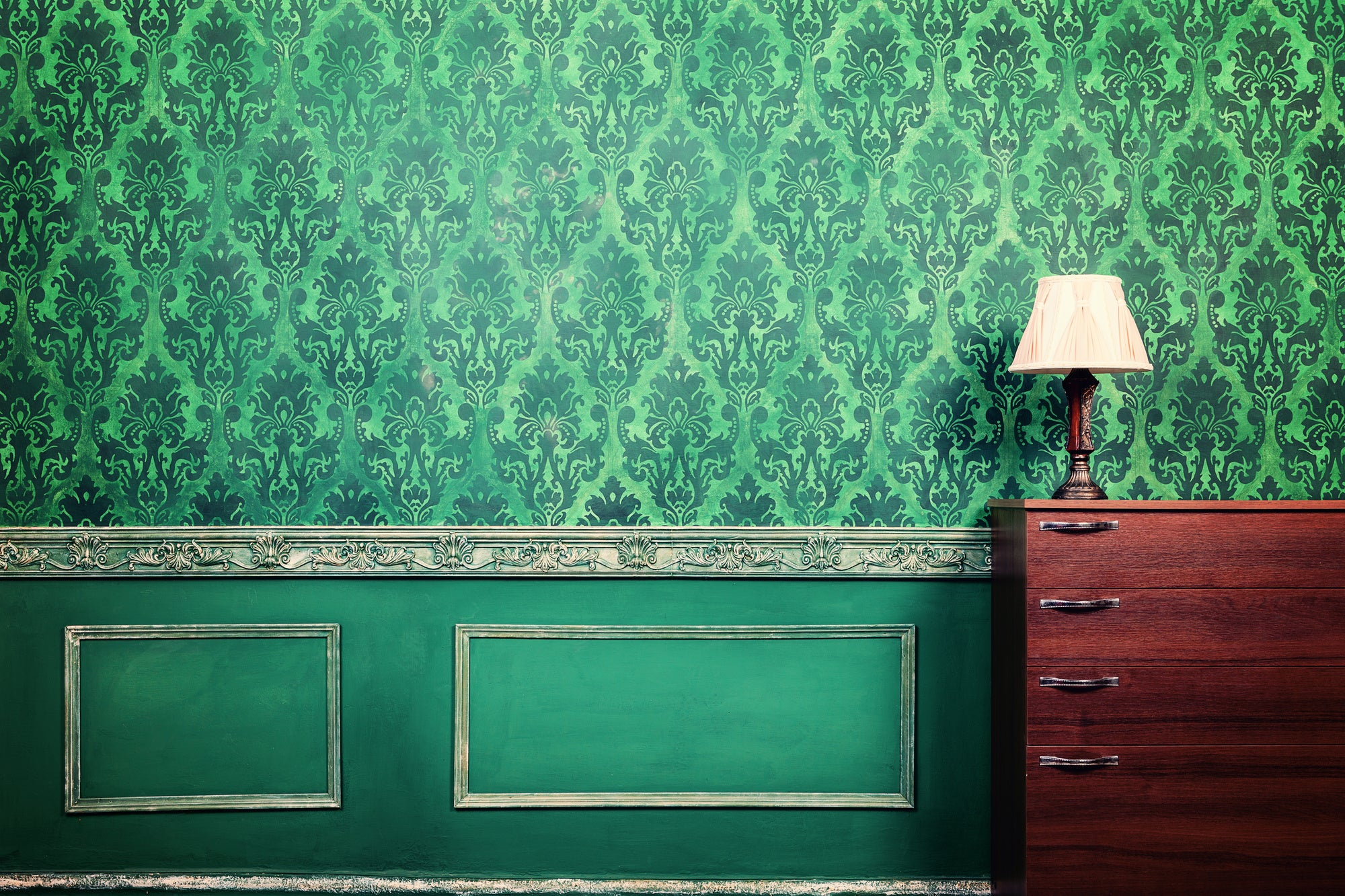 4 Tips for Installing New Wallpaper in Your Home