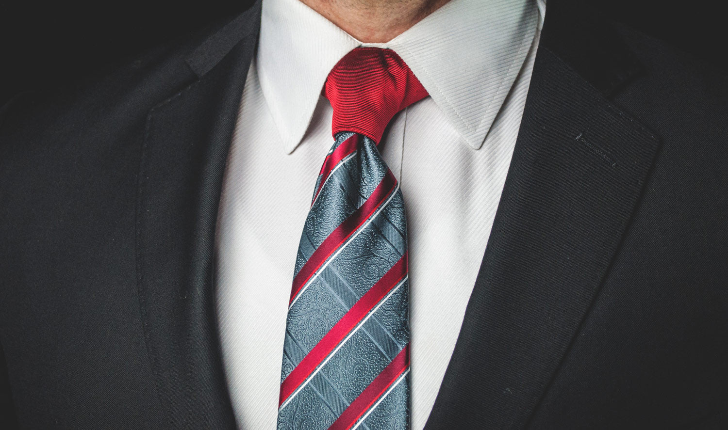 The Red Proper Knot™