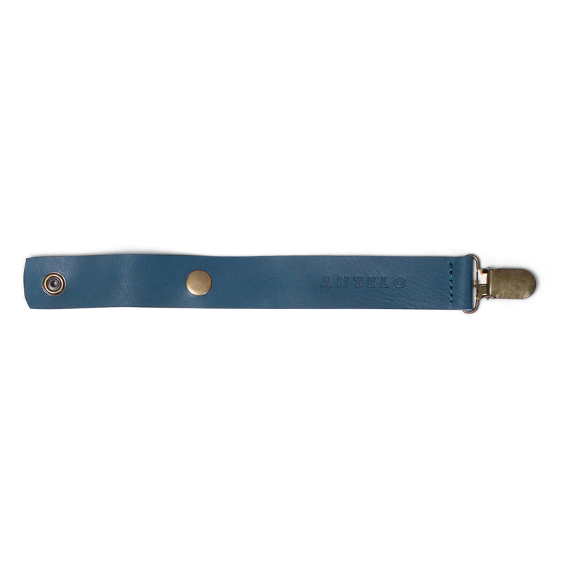 Maddie leather pacifier clip - Hydro