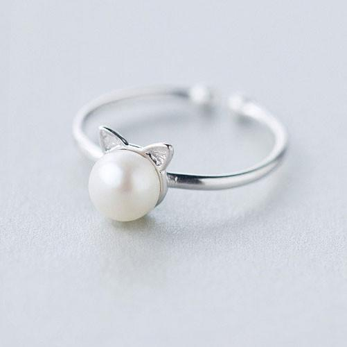 Cat Pearl Ring - Pawsome Couture