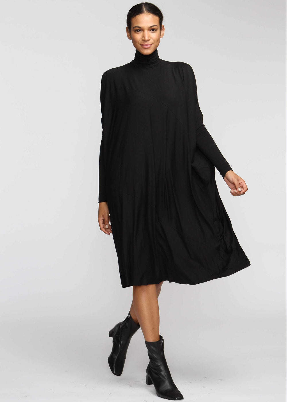 Fluid Turtleneck - Black - The Frock NYC