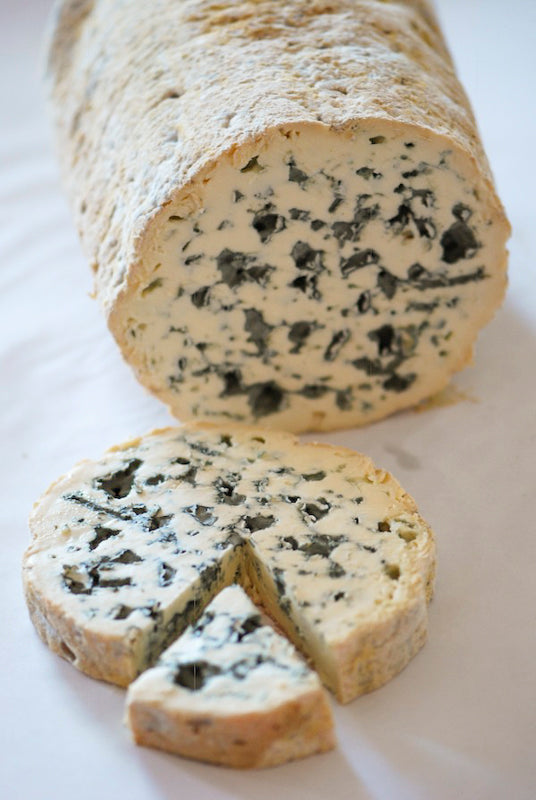 Fourme d'ambert 1000 years of tradition