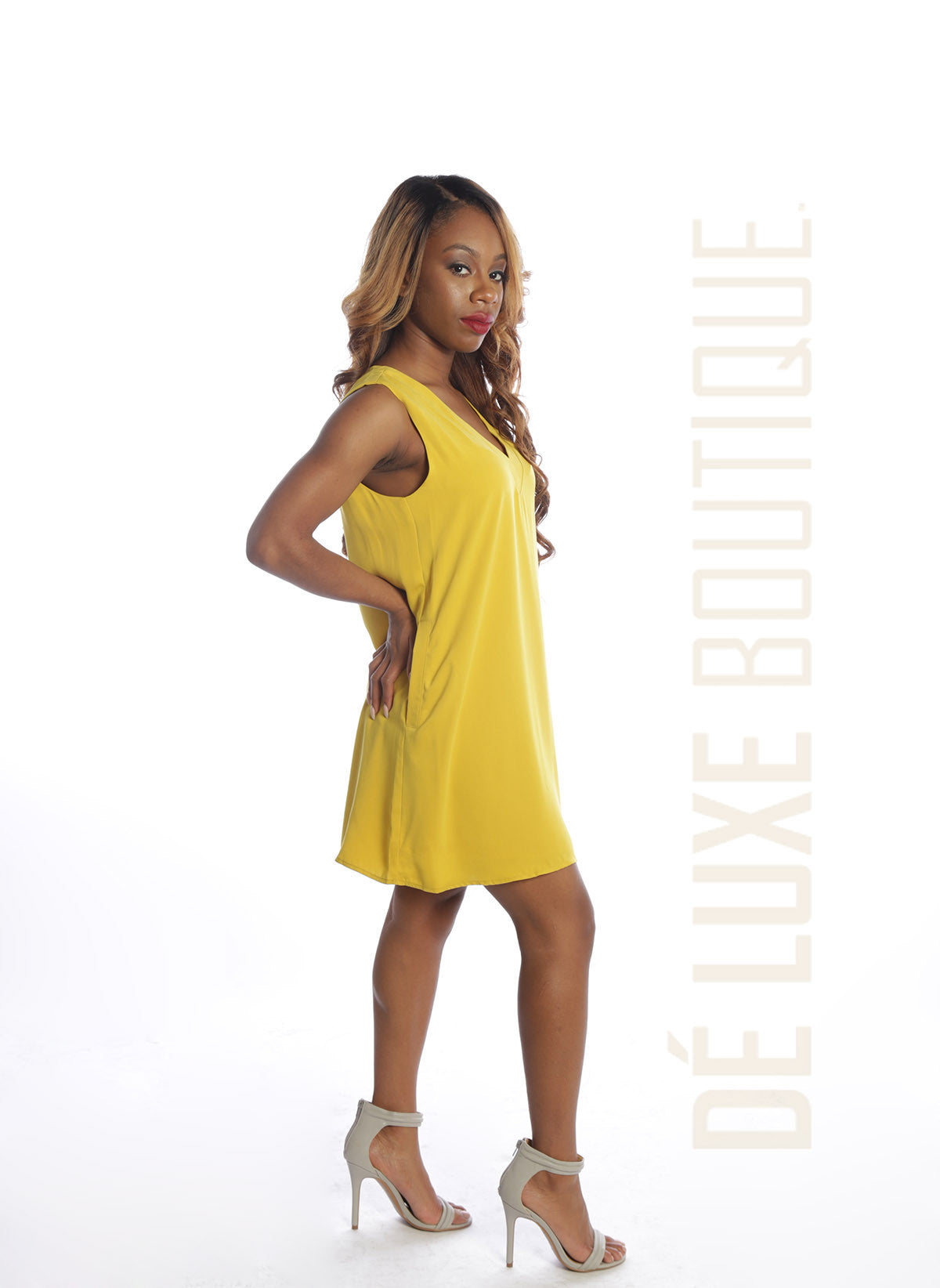 Sleeveless Pocket Shift Dress - The Dé Luxe Boutique