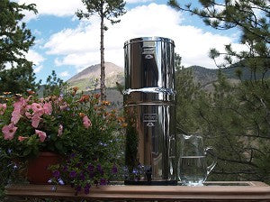 Crown Berkey Water Filtration System with 2 Black Berkey Filters (Great For 6-12 People: 6 Gallons capacity)
