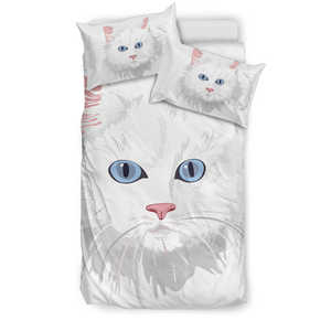 Blue-Eyed White Cat Bedding Set