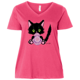 Lucky the Black Cat with Easter Egg Ladies Curvy T-Shirts