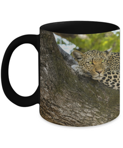 Leopard Resting Mug (black) (11 oz) - Raven's World - 1