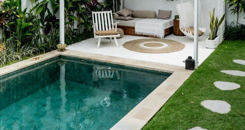 6 Gorgeous Pool Landscaping Tips and Ideas
