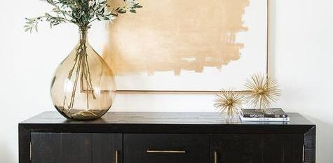 THE SECRET LIFE OF SIDEBOARDS –<br>5 MUST-SEE STYLING TIPS