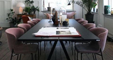 THE PERFECT LOOK <br>10 INSPIRING DINING TABLE AND CHAIR COMBINATIONS <br>