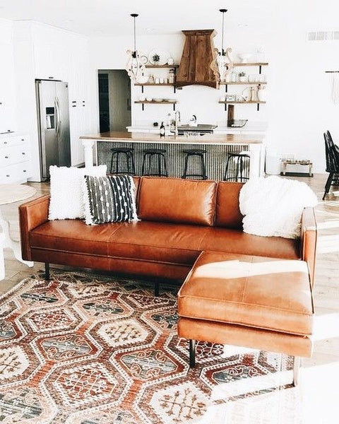 Choosing Living Room Rugs: The Dos & Dont\'s | INTERIORS ONLINE