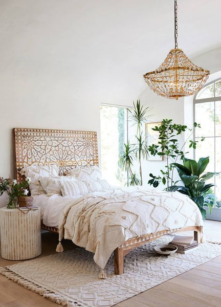 Boho bedroom how to create a dreamy boho bedroom - How to decorate a bohemian bedroom ...