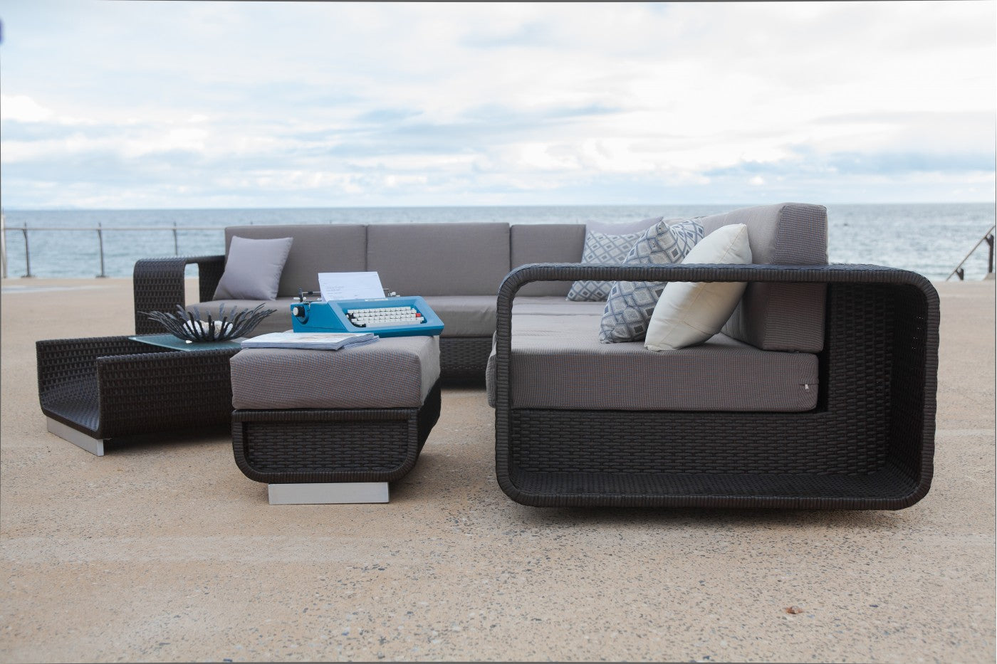 Outdoor furniture online australia interiors online for Best outdoor furniture material