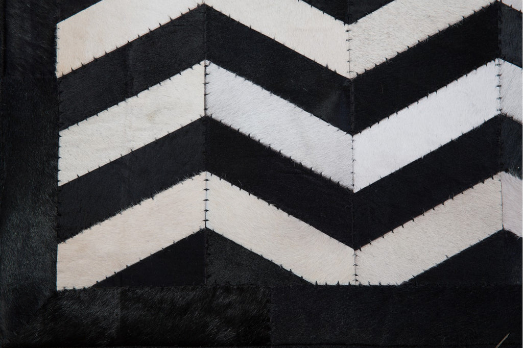 Cow Hide Chevron Floor Rug Black/White