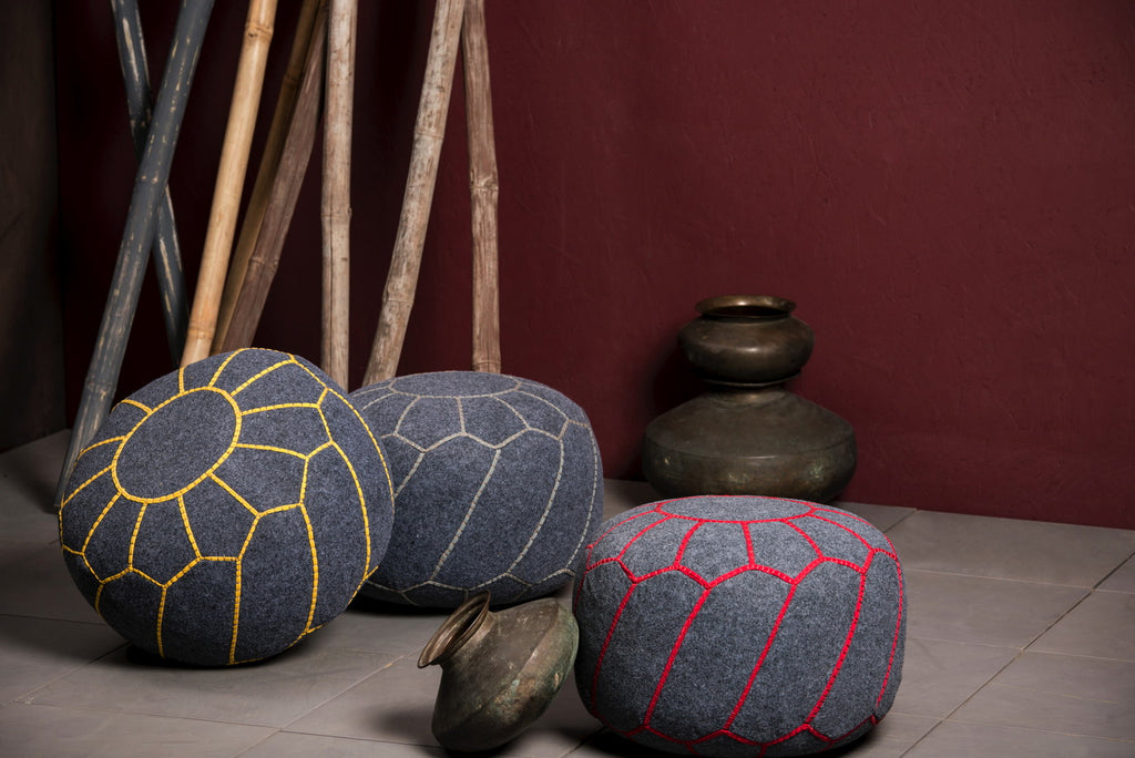 Yuba Pouf Grey/Red