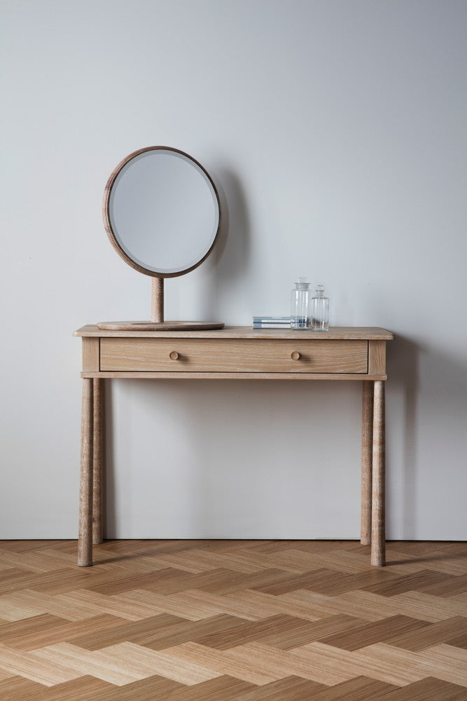 Wyn Dressing Table