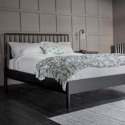 Wyn Spindle Bed Queen Black