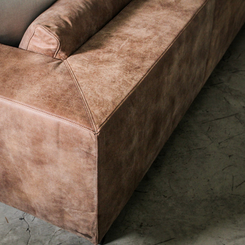Harley Sofa Caramel Leather