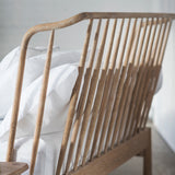 Wyn Bed Curved Spindle Queen