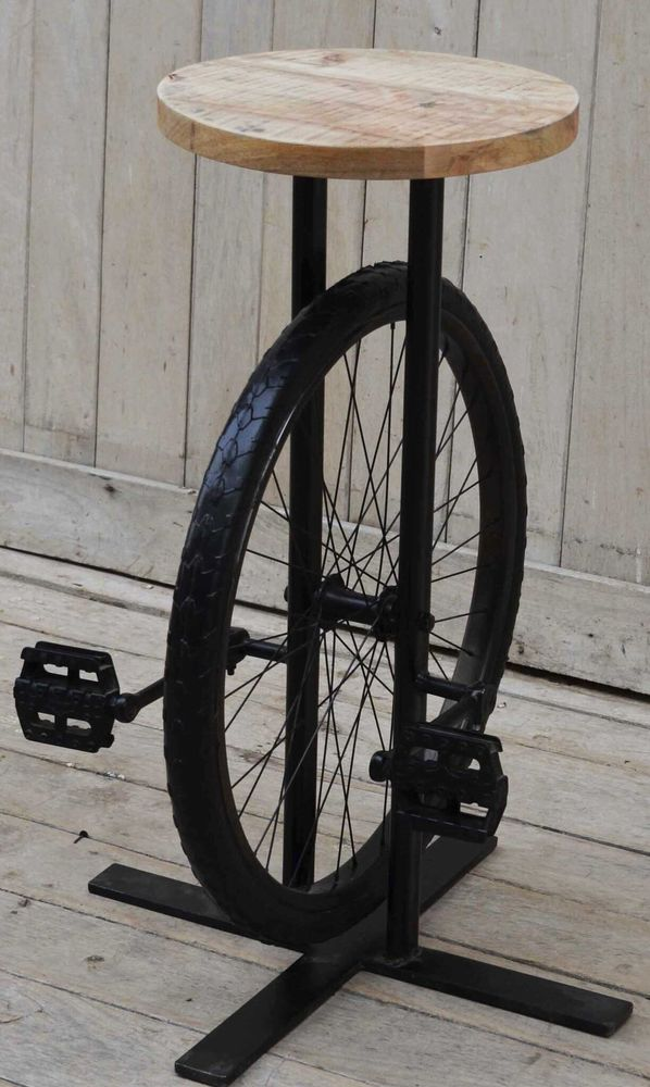 Wheel Bar Stool