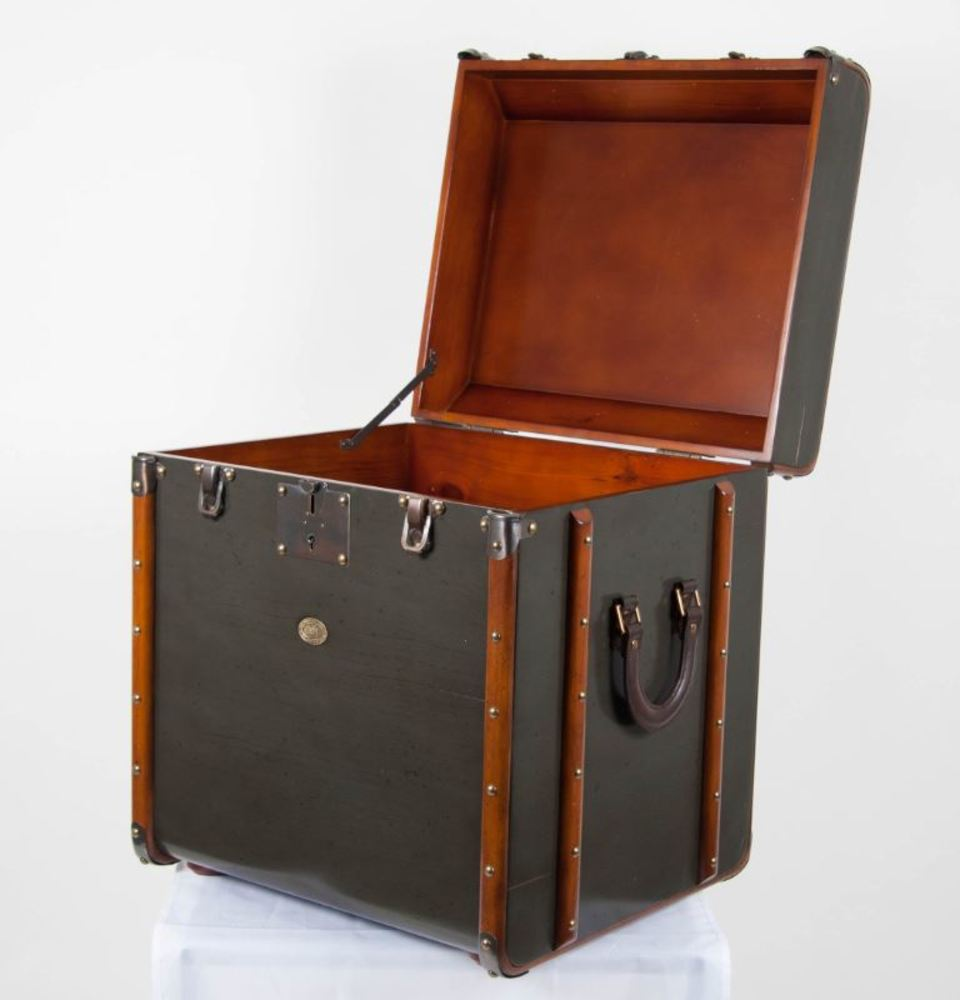 Stateroom End Table/Trunk Grey
