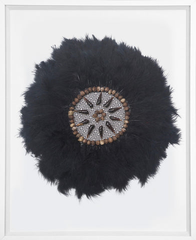 Kubo Feathers Black in White Frame
