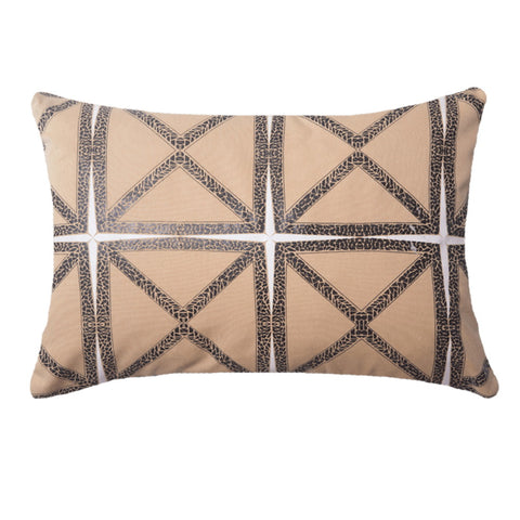 Outdoor Tassel Medium Cushion Black