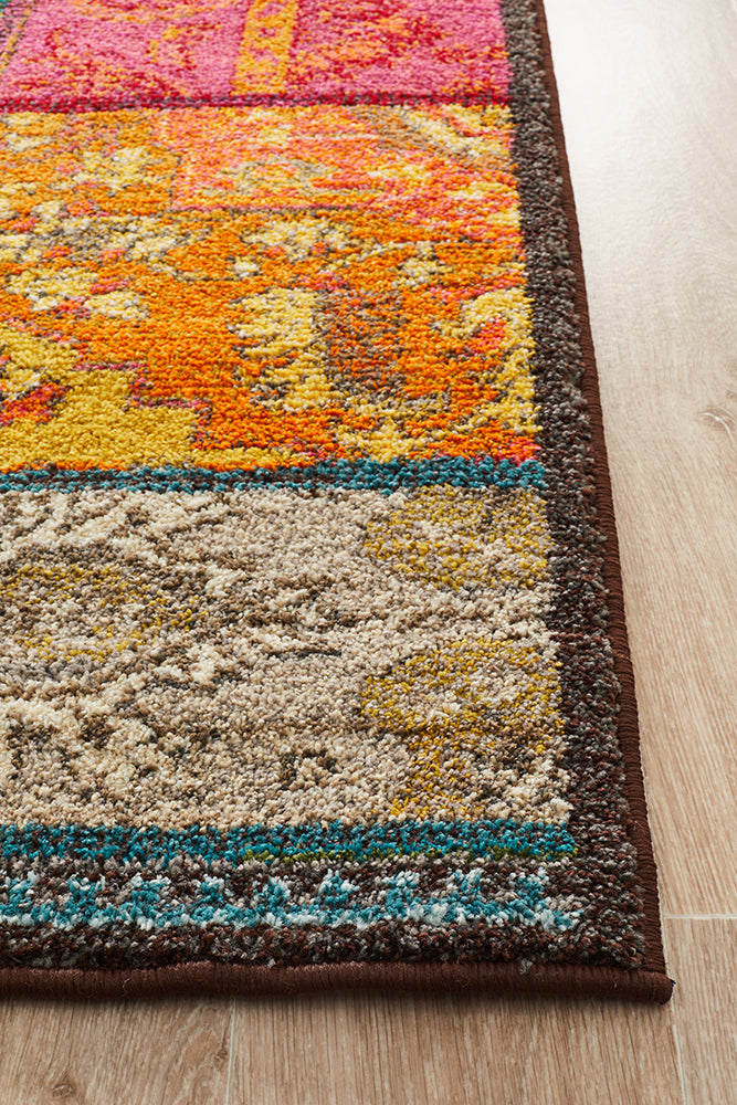 Stunning Patchwork Design Rug Multi