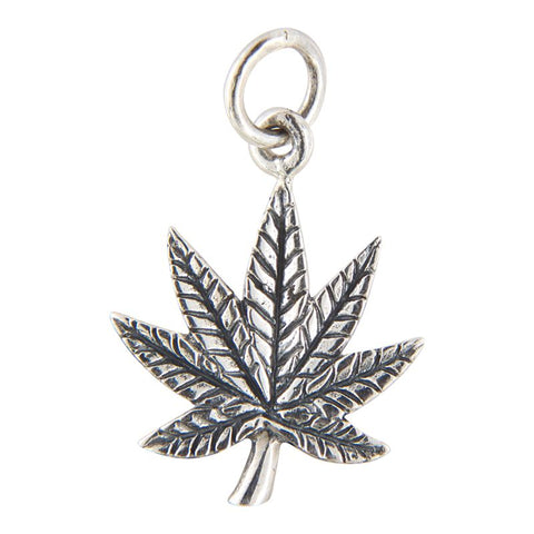 Sterling Silver Leaf Antiqued Pendant Necklace