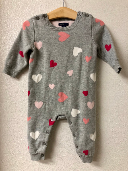 06-12M Baby Gap Heart Knit Romper