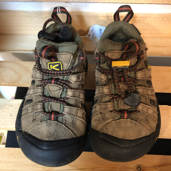 Size 9 Keen Boots