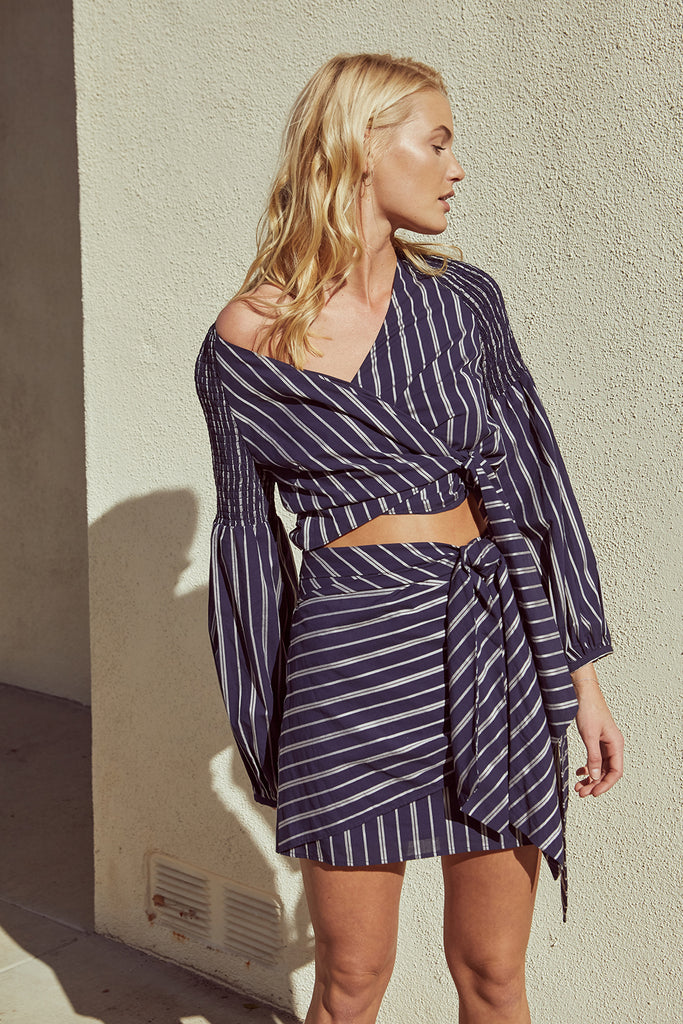 KENSINGTON WRAP TOP