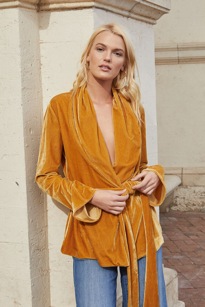 GOLDEN HOUR ROBE TOP