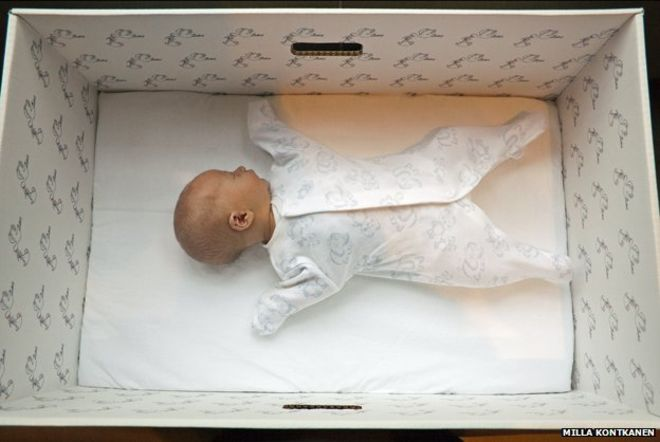 Finnish babies sleep in cardboard boxes, your baby can sleep in the bassinet