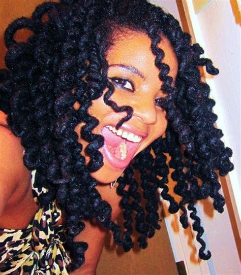 Curls anyone? How to get your locks curly for Spring Break