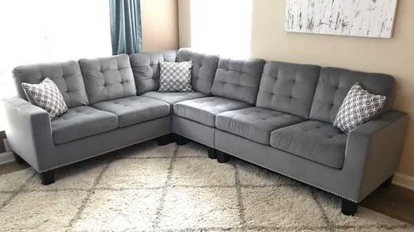 Grey Tufted Sectional With Nail Head Trim Total Rooms