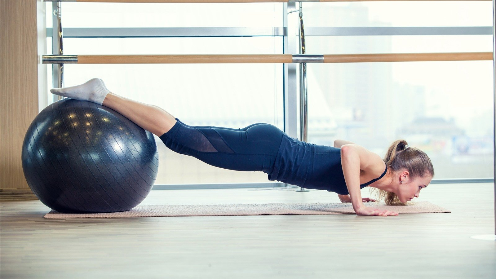 5 Exercises To Do With A Balance Ball For Maximum Effectiveness