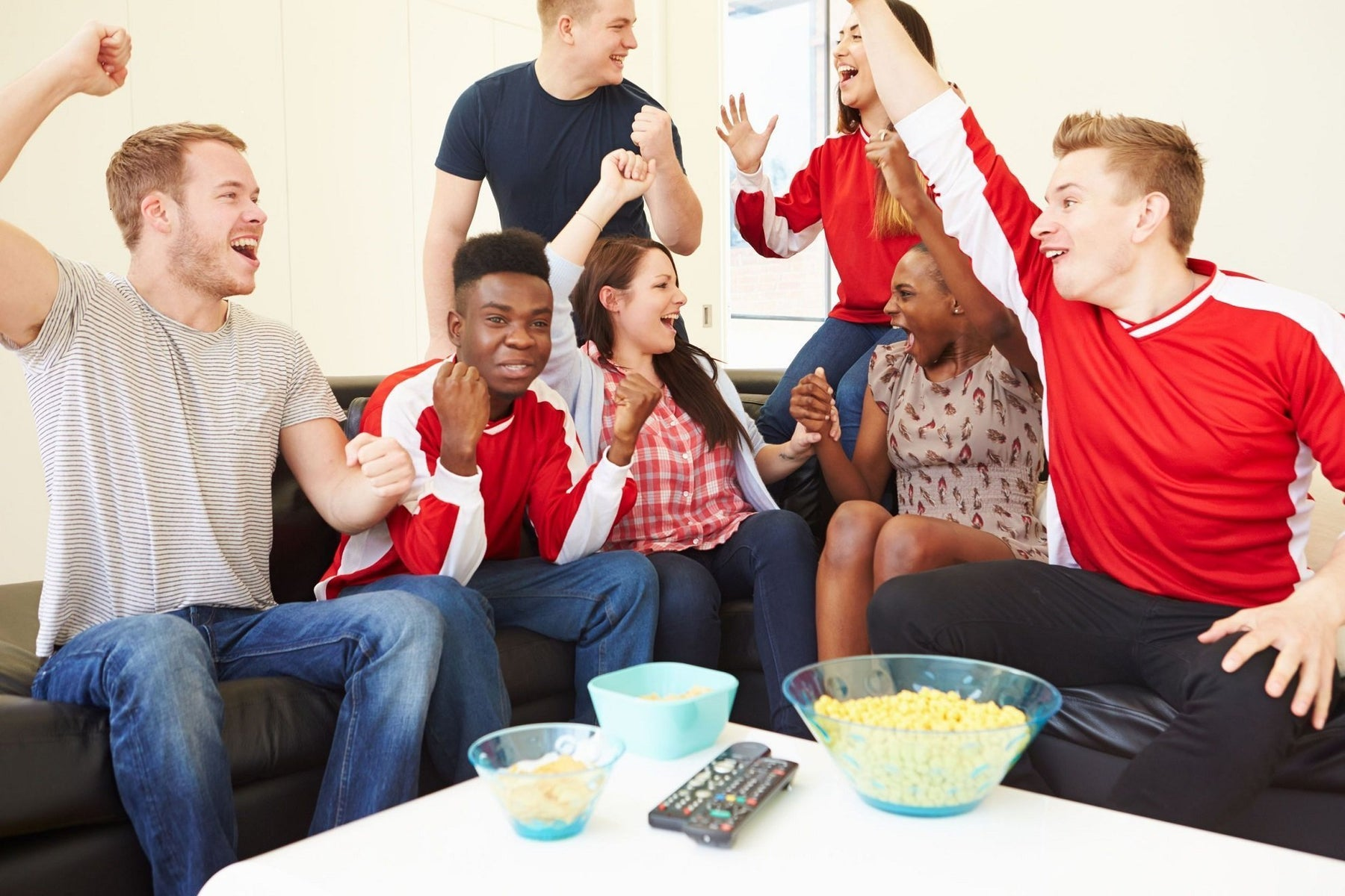 How to Host a Football Game Watching Party
