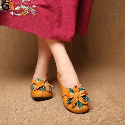 Women's Soft Comfortable Genuine Leather Flower Round Toe Flat Shoes - SolaceConnect.com
