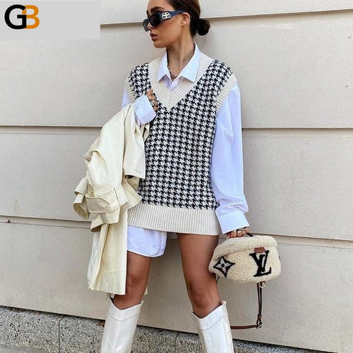 Sexy Women's V Neck Sleeveless Plaid Knitted Pullover Casual Loose Vest - SolaceConnect.com