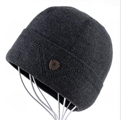 Warm Wool Knitted Winter Bonnet Beanie Hats for Men in Solid Colors - SolaceConnect.com