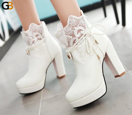 Women's Thick High Heeled Short Ankle Boots with Round Toe and Platform - SolaceConnect.com