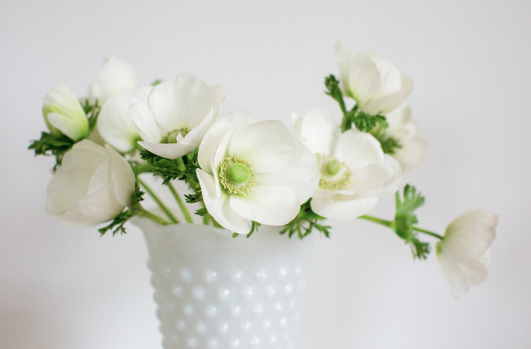 Large White Fenton Vase With Round Hobnail Texture Besteryear