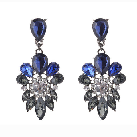 Vintage Hollow Retro Hohles Metall Bead Long Earring Women Jewelry Earring