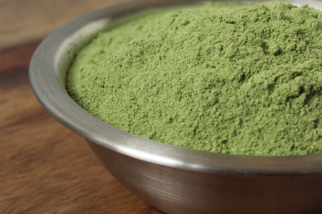 Uses & Health Benefits of Wheatgrass Powder