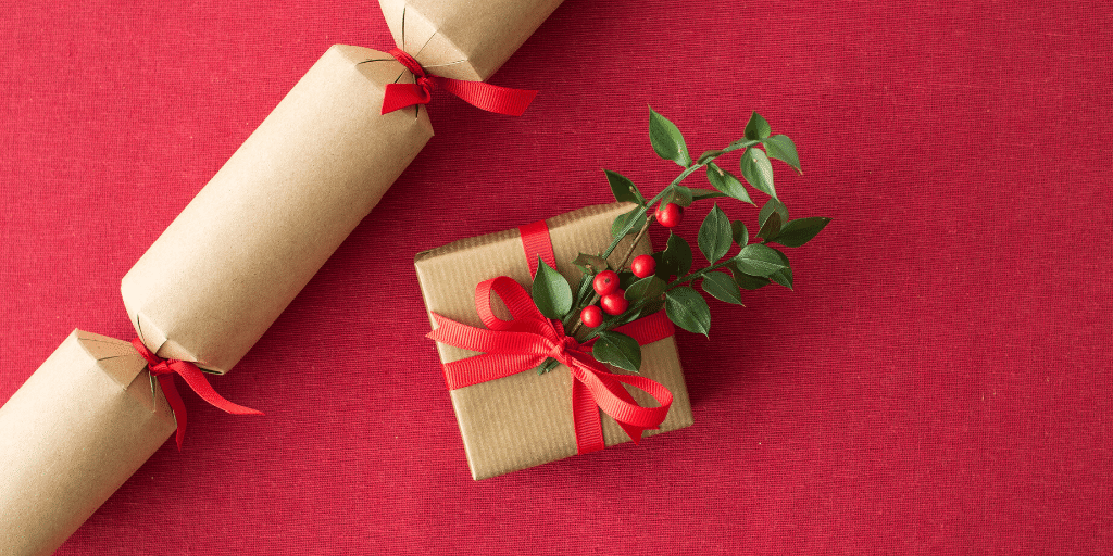 Make your own christmas crackers