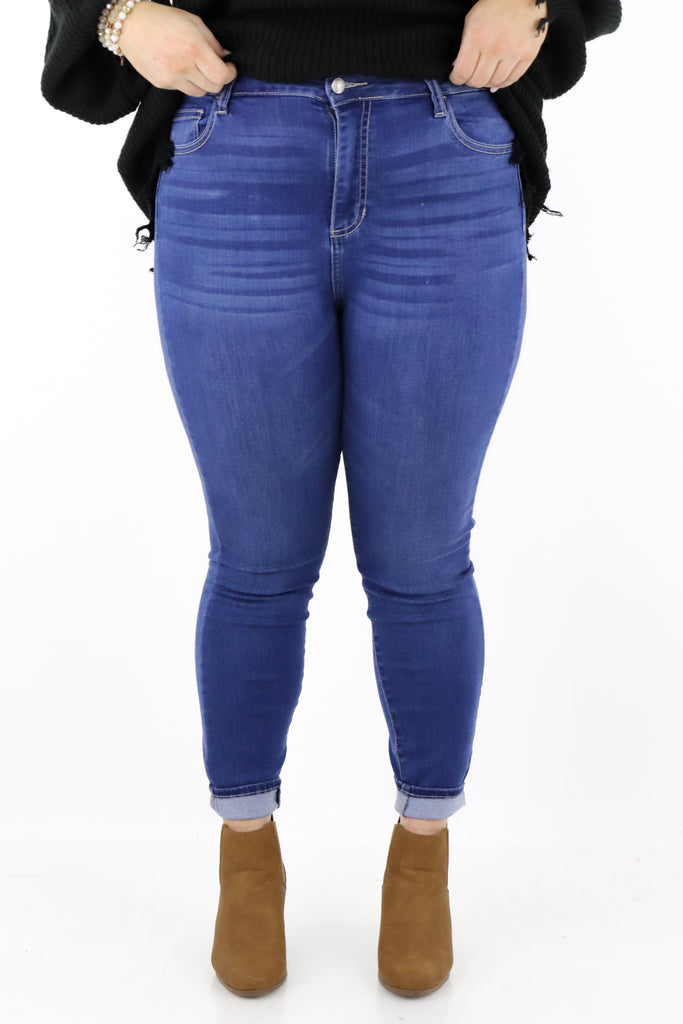 CURVY: Heavenly Thoughts Skinny Jeans