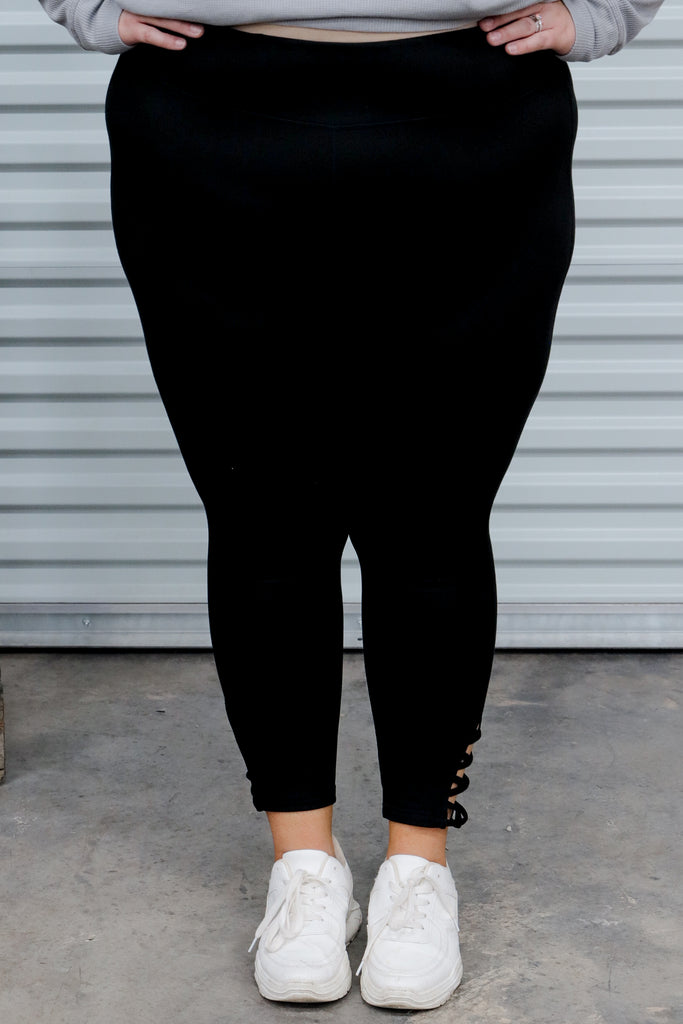 CURVY: Just The Start Cropped Leggings